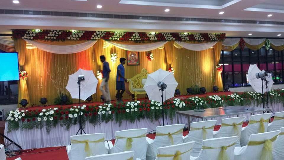 Welcomes banquet hallway redcarpet impressive